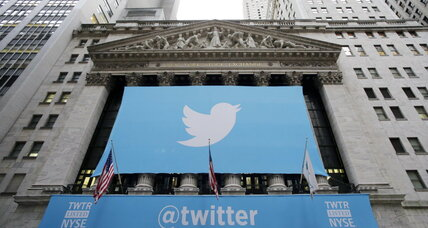 Twitter hatchling soars: Investors snap up 70 million TWTR shares – and want more