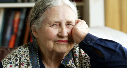 Nobel prize-winner Doris Lessing dies