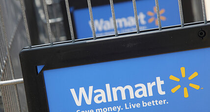 NLRB: Walmart threatened, fired workers for Black Friday protests (+video)