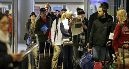 Thanksgiving travel: Tips for navigating storm delays