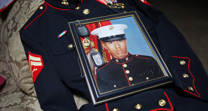 Former Marine dies awaiting trial in homeless killings