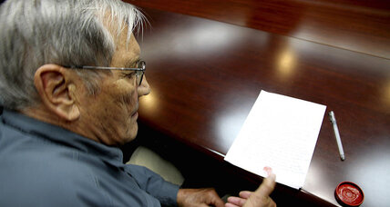 North Korea airs 'confession' by 85-year-old American detainee (+video)
