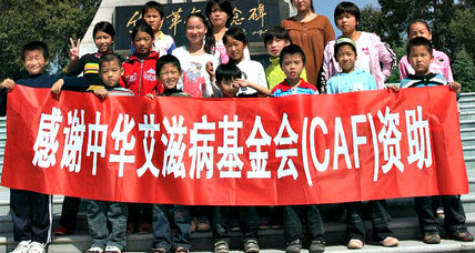 Pen pal program helps Chinese youths affected by AIDS