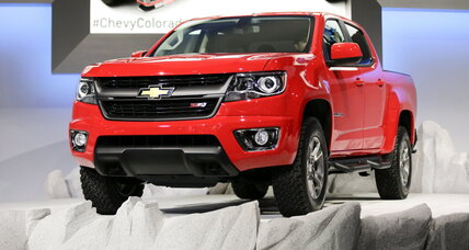 Chevy Colorado debuts at L.A. Auto Show: Has era of the mega-truck peaked? (+video)