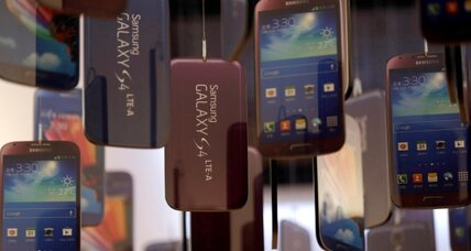Samsung teases Galaxy S5, new Gear, smart glasses (+video)