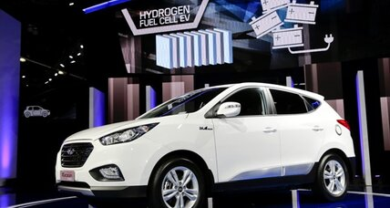 Hydrogen fuel cars in showrooms starting 2014