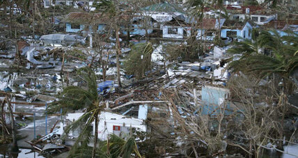 Typhoon Haiyan: A struggle to reach victims in Philippines