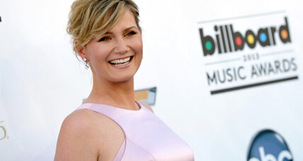Jennifer Nettles of Sugarland discusses her new album and motherhood