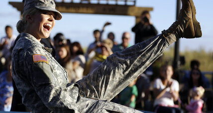Too pretty to fight? Army shakeup over frontline push for women (+video)