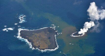 New Japan island: Volcanic eruption builds new island in Pacific Ocean