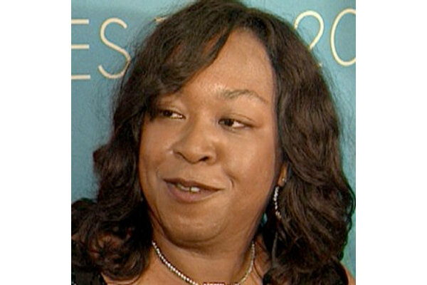 prolific tv creator shonda rhimes will write 39 part memoir part inspiration 39 book video. Black Bedroom Furniture Sets. Home Design Ideas
