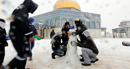 A foot of snow in the Middle East? Rare storm brings delight and distress. (+video)