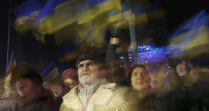 Ukraine: Protesters gather in mass, but talks with EU falter