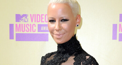Amber Rose shapely selfie reminds mom to stand tall