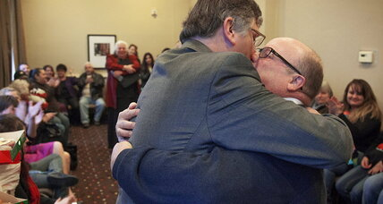 Gay marriage in Utah: I do's proceed, but state asks again for a halt (+video)