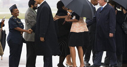 Obamas and Bushes share a plane to Mandela's memorial
