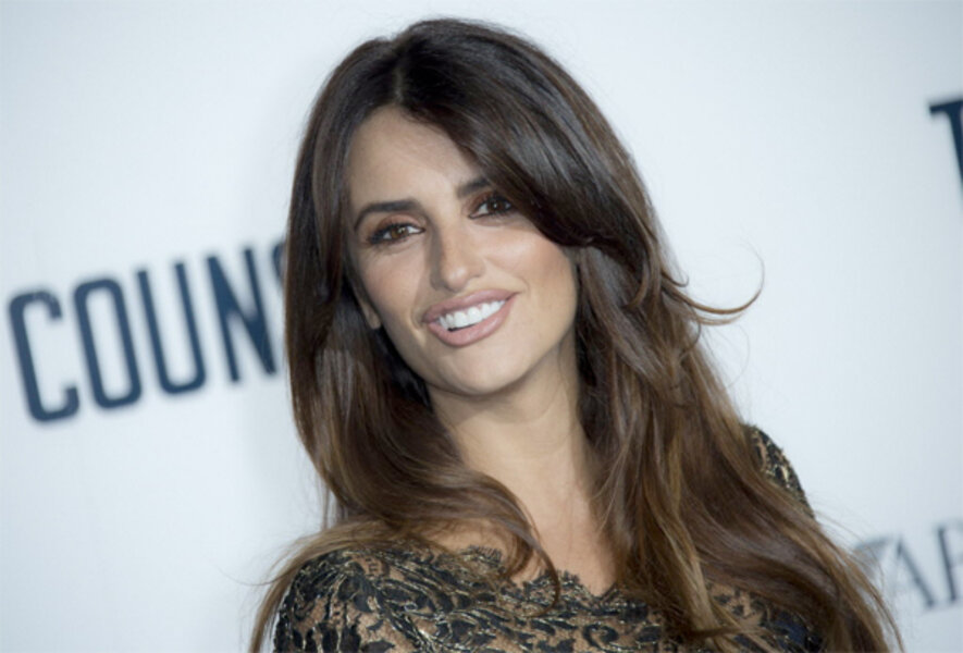 Penelope Cruz Will She Star In The Next James Bond Film