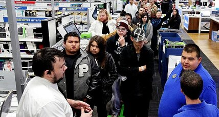 Thanksgiving weekend shoppers top 141 million, spend $57 billion (+video)