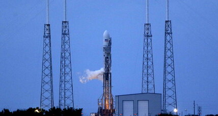 SpaceX plans third launch attempt for Tuesday evening (+video)