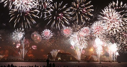 Dubai dazzles with New Year 2014 fireworks display