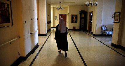 Lift stay of Obamacare contraception mandate in nuns' case, Supreme Court told