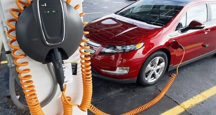 Auto sales: Plug-in electric sales nearly double in 2013