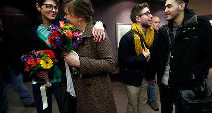 Supreme Court halts gay marriages in Utah, pending appeals court decision