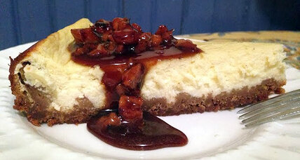 Greek yogurt 'cheesecake' with honey-walnut topping