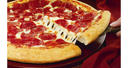 Pizza Hut starts selling by the slice. Pan pizza no more? (+video)