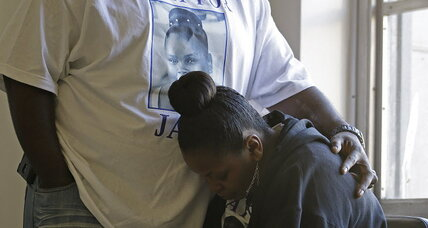 Jahi MacMath, brain-dead teenager, is released to her mother