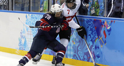 Amanda Kessel denied hat trick, US beats Swiss 9-0 in women's hockey