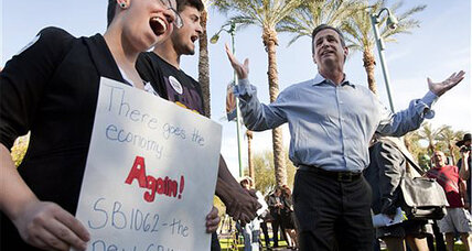 Arizona's 'religious freedom' bill. How much would it cost the state? (+video)