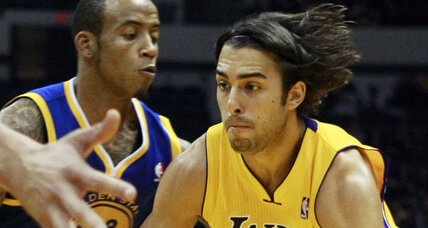 Sasha Vujacic heads back to LA, signs with Clippers