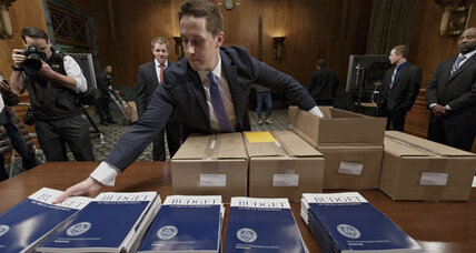 Obama's 2015 budget hits Capitol Hill