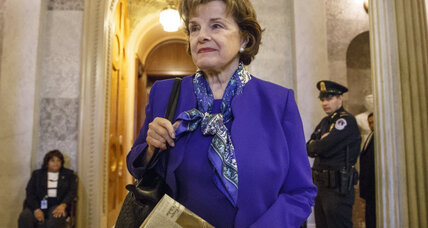 In CIA-Senate dispute, Feinstein levels serious legal charges against agency