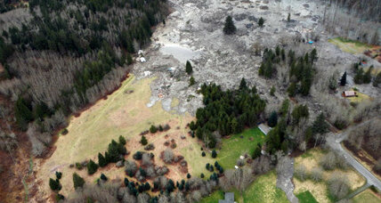 Urgent search for up to 108 missing in Washington mudslide