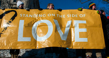 Poll finds broad, rapid shift among Americans toward gay marriage