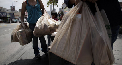 NYC grocery bag fee proposed: 10 cents per bag