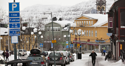 Moving day: Swedish town packs up to move 2 miles east