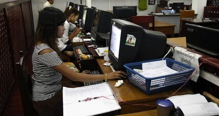 Seeking tech fixes for aid projects, Myanmar hold first hackathon