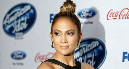 American Idol: Jennifer Lopez performs her new single, another Idol sounds off (+video)