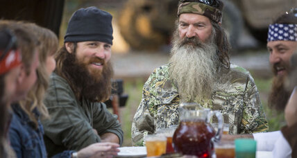 'Duck Dynasty' headlines college bowl game, Iowa State Fair
