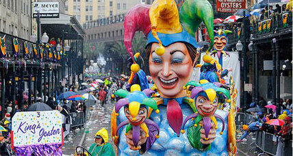 Mardi Gras 2014: Cold, gray day doesn't stop New Orleans revelry