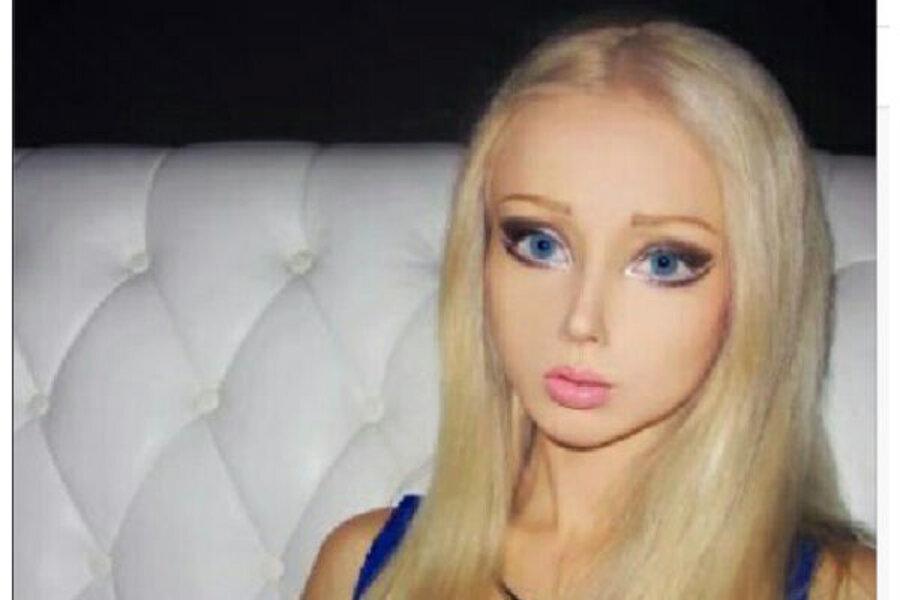 Valeria Lukyanova Human Barbie Distracts From Ukraine News