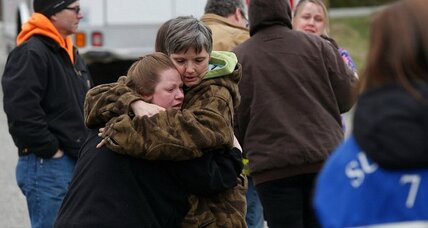 Search continues for survivors of massive Seattle-area mudslide (+video)
