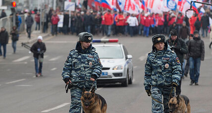 Vladimir Putin sees small protests, mass support for troops in Ukraine (+video)