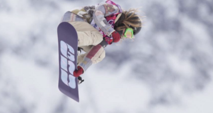 Jamie Anderson soars to gold in slopestyle with flawless run