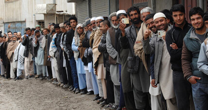 Afghan election: High turnout to elect first new leader in a decade (+video)