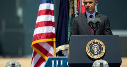 At Fort Hood memorial, Obama promises help for war-weary troops