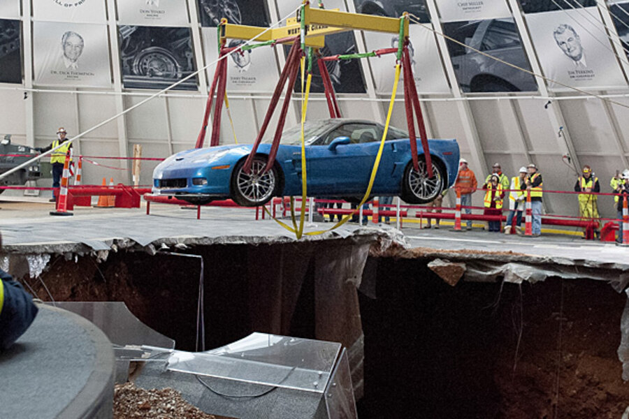 Corvette sinkhole: Last car pulled from hole at Kentucky museum